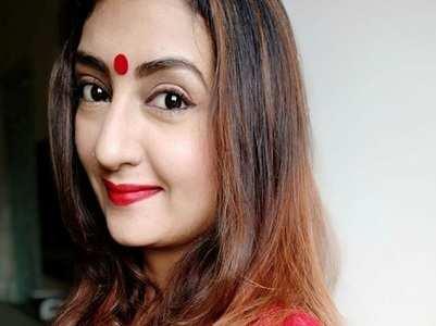 Juhi Parmar recreates her 'Kumkum' look