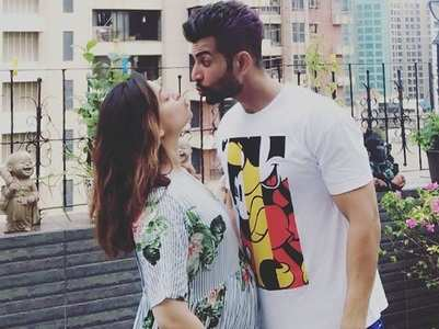 Pregnant Mahhi praises hubby Jay, thanks him for everything