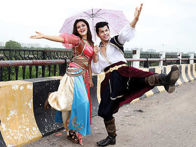 Alladin cast enjoys rains in Lucknow