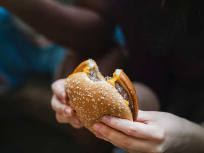Here's what happens to your body when you eat a burger