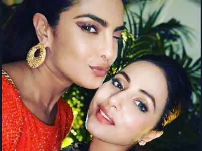 Hina wishes PeeCee on her bday, shares unseen video