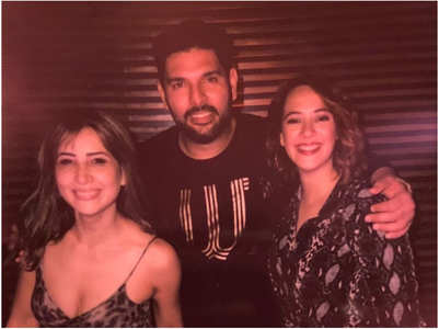 Kim's pic with her ex Yuvraj & his wife Hazel