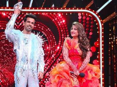 Here's why Urvashi, Anuj rehearse separately