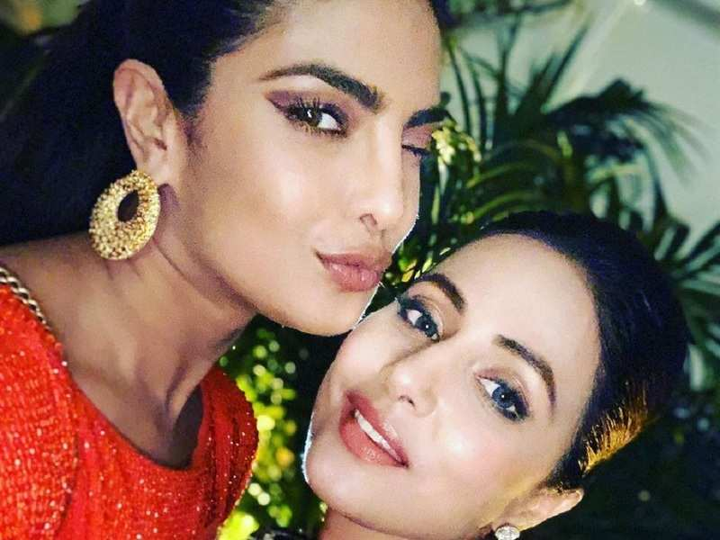 Hina Khan is thrilled as Priyanka Chopra thanks her for the birthday wishes