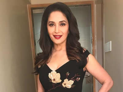 We can't stop looking at Madhuri Dixit's sari!