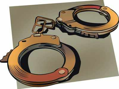 Delhi police arrest 7 people for cheating unemployed youth on