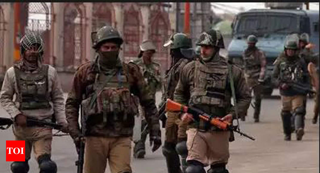 Image result for 10,000 Indian troops rushed to Kashmir