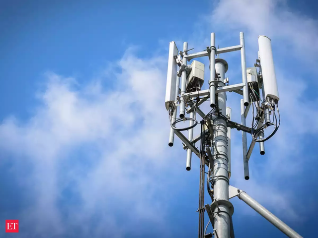 Radiation from mobile towers may be to blame for rising dental problems, claims doctor