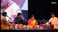 Classical  rendition by Kalapini Komkali was music to Nagpurians's ears