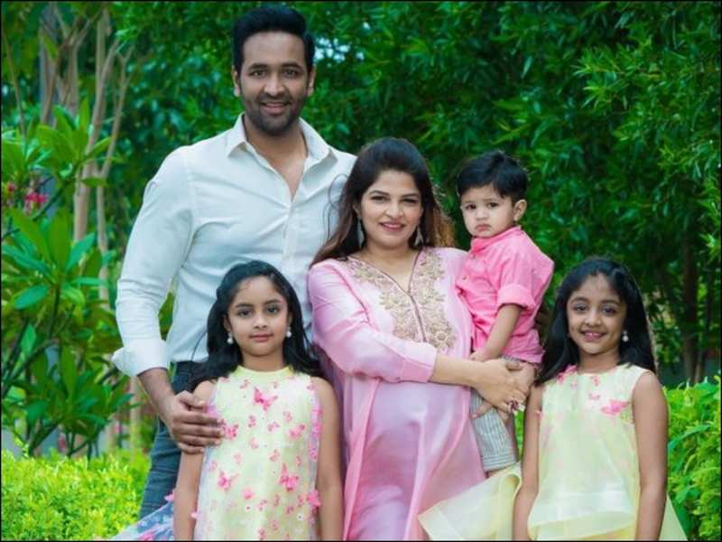 Funny Banter On Twitter Between Kajal Aggarwal Manchu Vishnu And His Pregnant Wife Viranica Telugu Movie News Times Of India