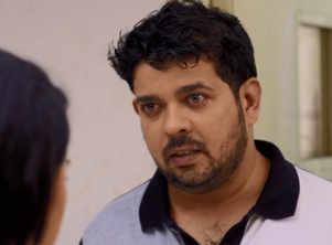 MNB: Saumitra confesses love for Radhika