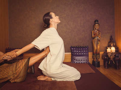 What are the health benefits of Thai massage?