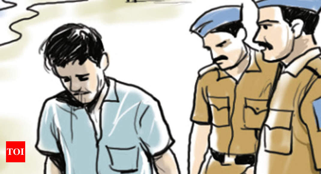 Sweeper Held For Sexually Assaulting Kid In South Delhi School | Delhi News