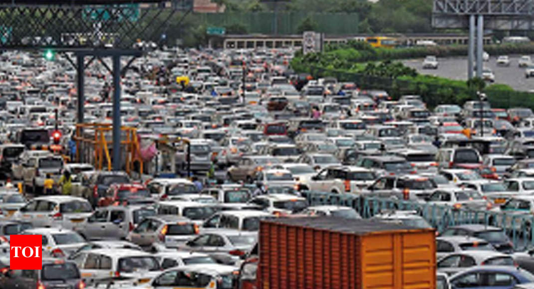 Terrible Tuesday for traffic after heavy rain in Gurugram - Times of India