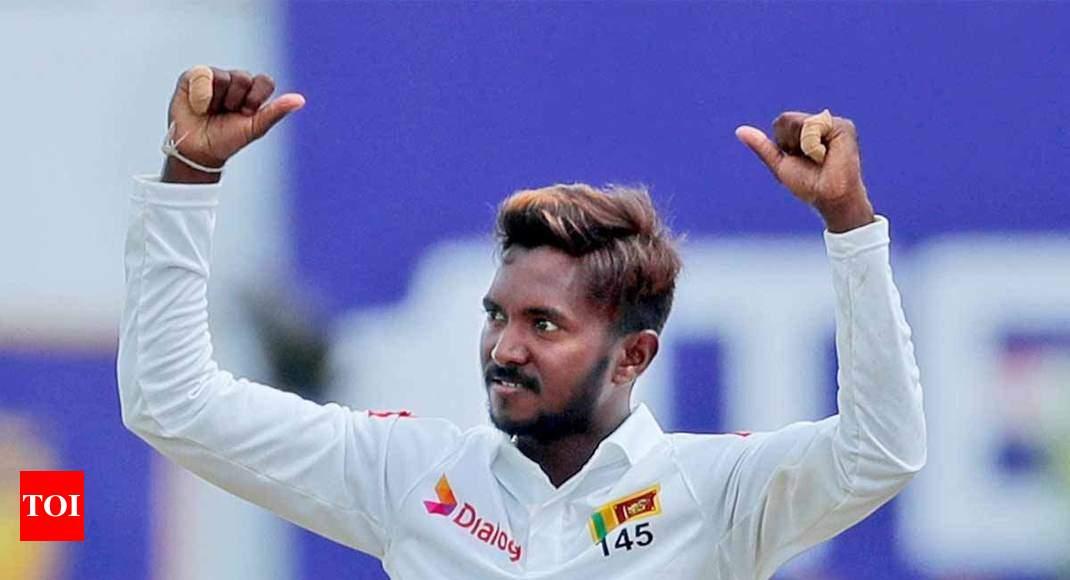 Sri Lanka v New Zealand, 1st Test: Dananjaya takes five to