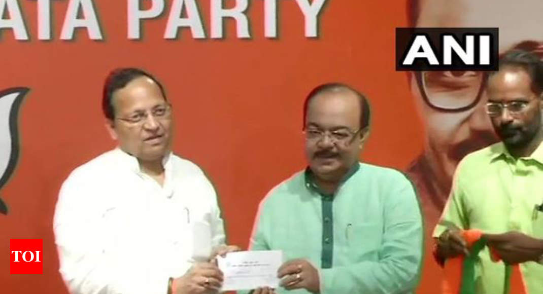 Ex-Kolkata mayor and Trinamool Congress leader Sovan Chatterjee joins BJP - Times of India