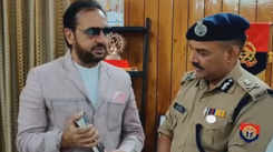Bad man gifts his autobiography to ADG Police in Kanpur