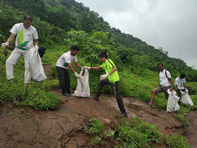 Image result for 2o mumbaikars clean the waterfall
