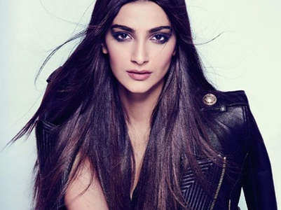 Sonam clarifies her comments on Kashmir issue