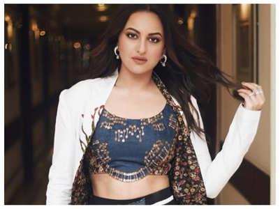 Dabangg 3: Sonakshi's stunning look as Rajjo