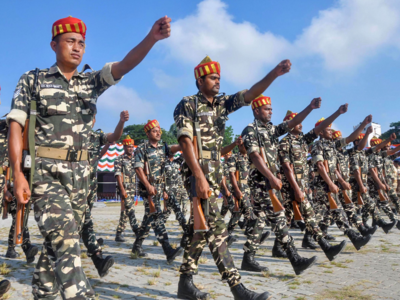 All CAPF personnel to retire at 60 years: Govt order   India
