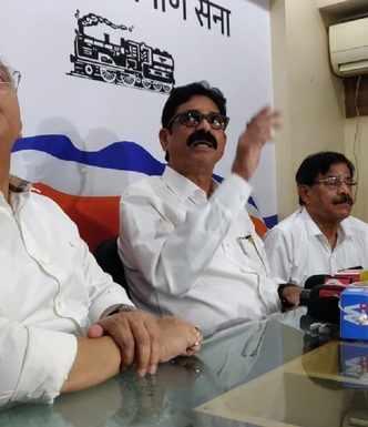 ED notice: MNS leaders to accompany Raj Thackeray, 'will march peacefully'