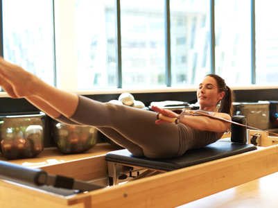 Mat Pilates vs. Reformer Pilates: What's the difference
