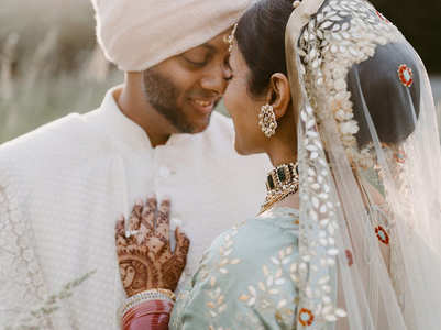 We love this bride's gotta-patti lehenga