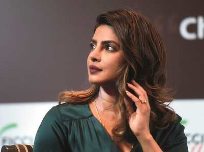 Drop Priyanka as Unicef envoy: Pakistan