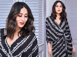 Kareena Kapoor sets the ball rolling for a new style - clamp kurta with cropped pants