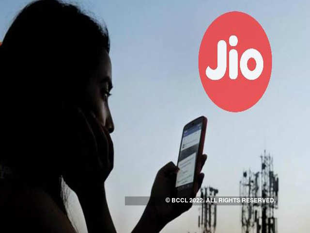 Reliance Jio has disrupted the market with its affordable data plans and unlimited calling benefits.