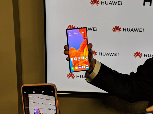 Huawei devices likely to run on Android OS | Daily Times