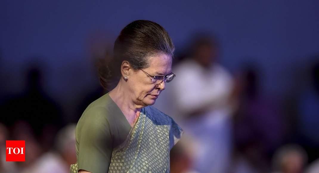 Rajiv never used mandate to scare people: Sonia Gandhi thumbnail