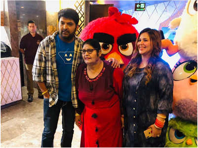 Kapil's movie outing with his mom and wife