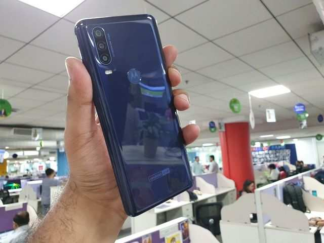 Motorola One Action launched with 21:9 CinemaVision Display, action camera feature at Rs 13,999
