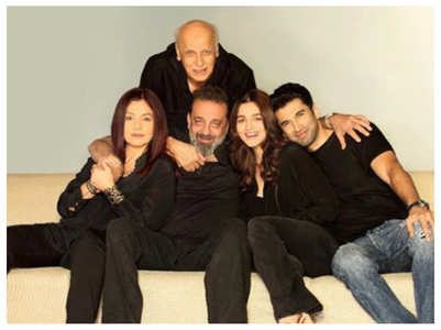 Watch: Pooja Bhatt's video from Sadak 2 sets