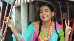 Actor Sarika Bahroliya gets into the Banarasi mood