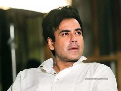 Delivery of flat to Karan delayed, builder fined