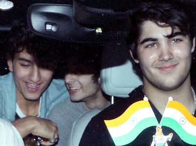 Pics: Aarav's night out with Ibrahim, Alaia
