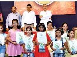 Students express their love for nature and birds at Maharashtra Times' drawing and essay competition