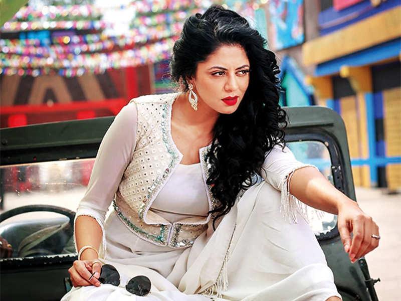 Kavita Kaushik says that Janpath, Lajpat Nagar and Sarojini Nagar were her favourite hangout spots