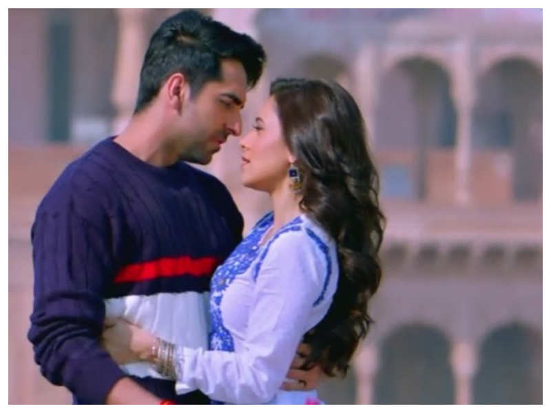 'Dream Girl' new song: 'Ik Mulaqaat' is a romantic melody that is sure to tug at your heartstrings