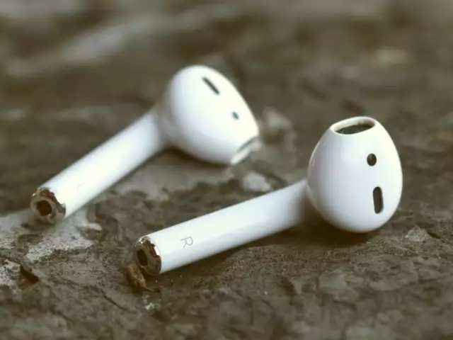 New York has an 'Apple problem' and it's called AirPods