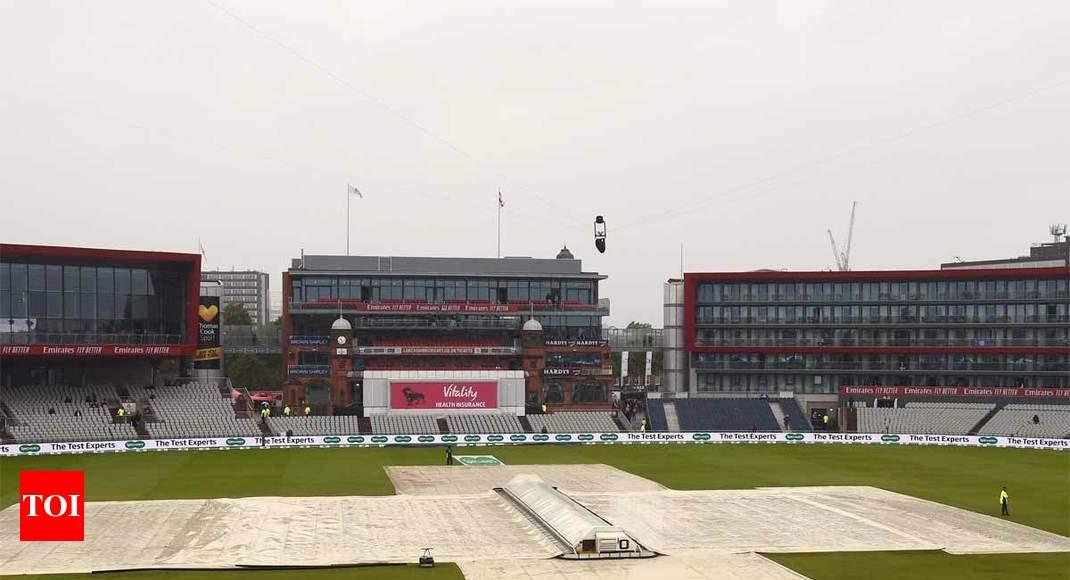 England vs Australia: Rain delays third day of fourth Ashes