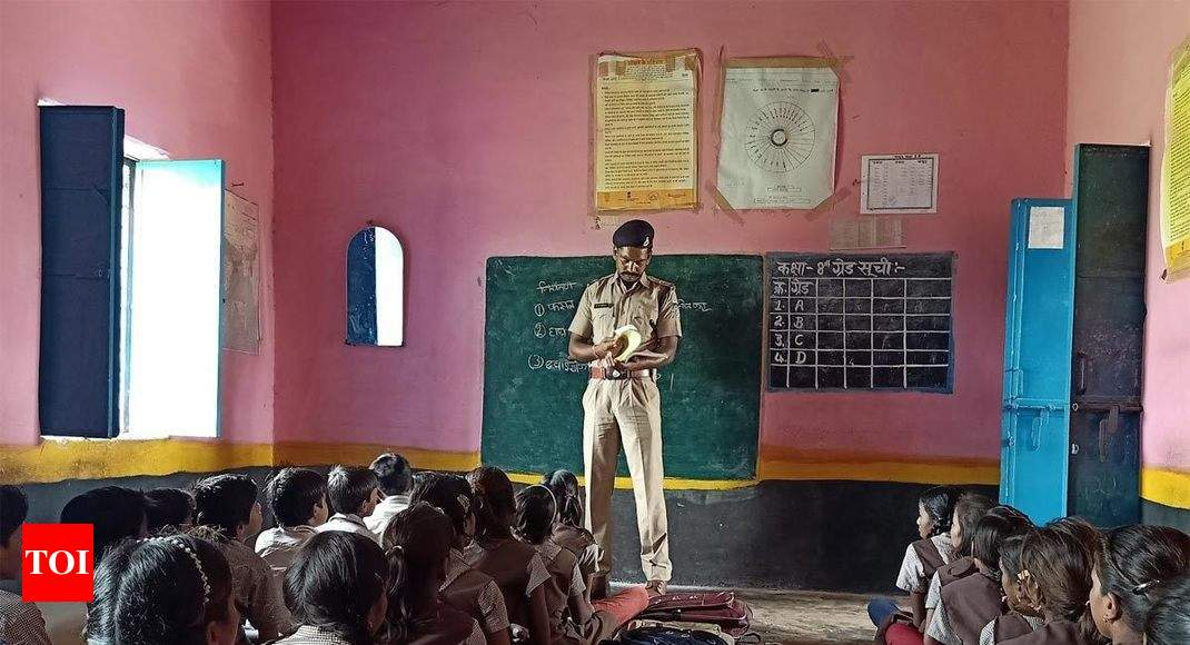 MP cop-teacher: A man with a plan - Times of India