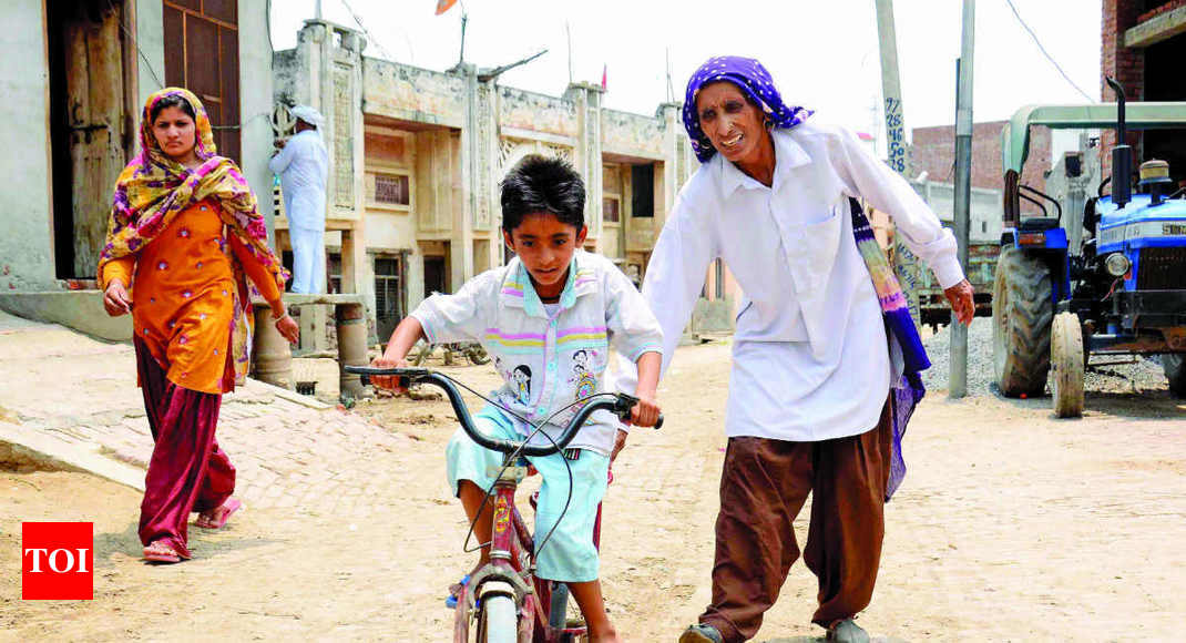 When ma is as old as grandma - Times of India