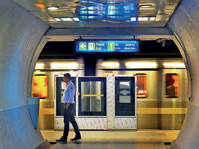 Delhi Metro, CISF battle to curb suicides on tracks   Delhi
