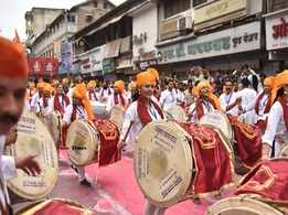 Marathi celebs give a fitting farewell for Ganpati Bappa