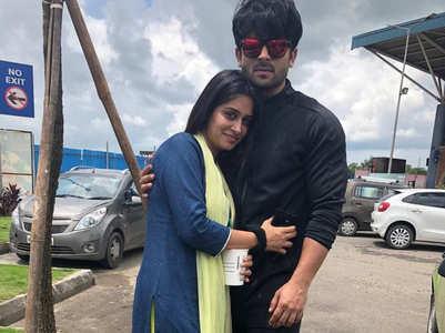 Dipika shares a throwback pic with Shoaib