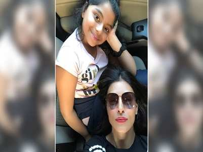 Sushmita's daughter prepares pancakes for her